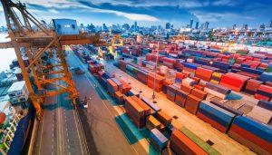 La exportación de aceite de oliva ha sido un negocio que ha mantenido a flote la economía española