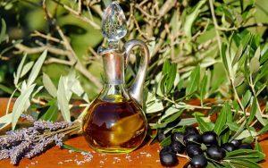 Botella de aceite de oliva ecológico