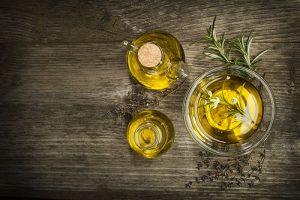 Aunque los aceites de oliva de marca blanca no tenga el mismo nivel de calidad que el AOVE, proporciona una solución en materia alimentaria