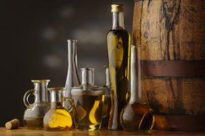 Lindas botellas de aceite de oliva