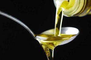 ¿Sabías que el aceite de oliva es muy útil como acondicionador para después de rasurar?