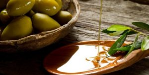 Los egipcios desde entonces usaban el aceite de oliva como solución medicinal