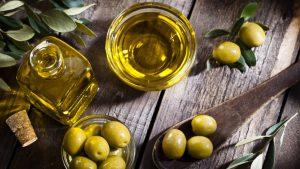 Los nutrientes del aceite ecológico de oliva son los mismos del aceite tradicional