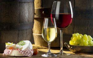 Tanto el aceite de oliva como el vino derivan de frutas