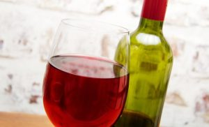 El vino mientras más añejo mejor sabe