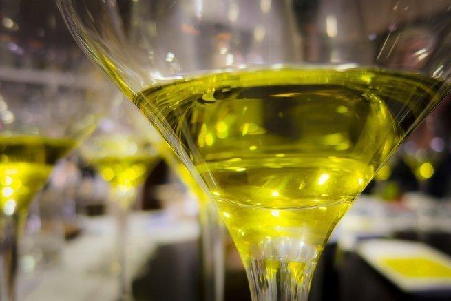 Resultado de imagen de aceite en copa